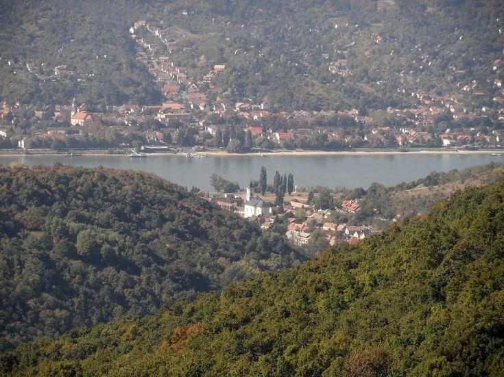 Borjúfő egy kilátóhely Visegrád közelében, ahonnan nagyon szép panoráma nyílik a Dunakanyarra. A kilátópont magassága 430 méter, ezt kell e...