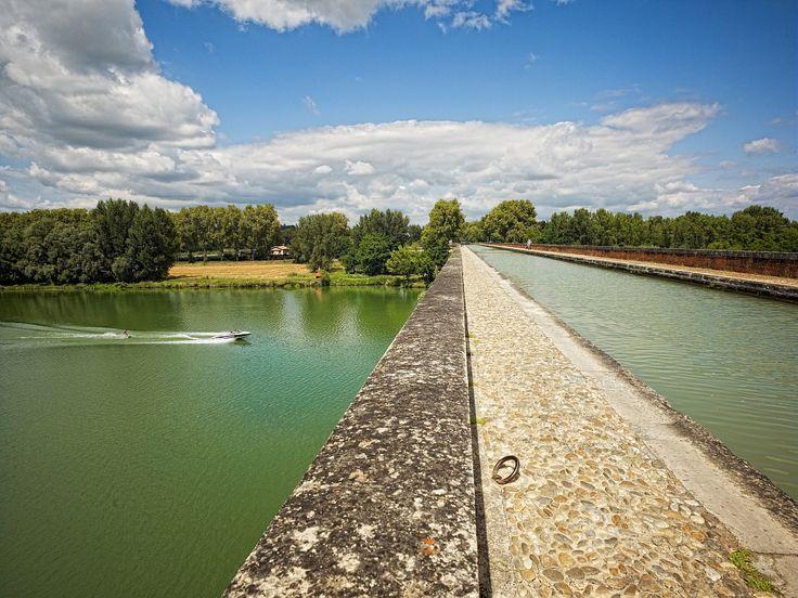 Le pont Cacor à Moissac - Par CRT Midi-Pyrénées / Dominique VIET #TourismeMidiPy #MidiPyrenees #France #Fluvial #Bateau #Peniche #Moissac