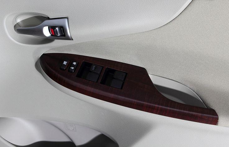 Corolla Altis 1800G Interior1