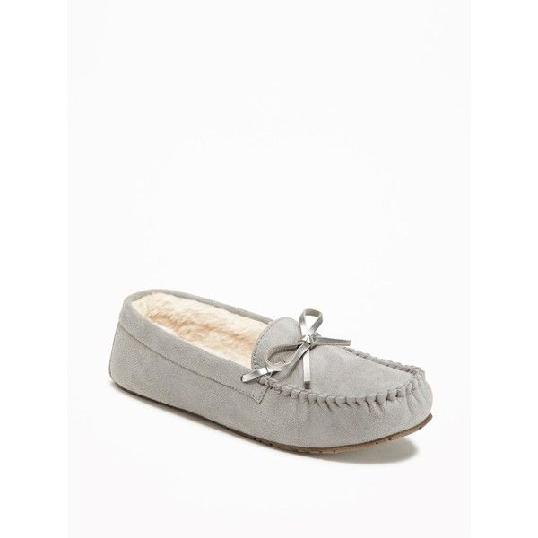 Old Navy Womens Sueded Sherpa Lined Moccasin Slippers (6.82 NZD) ❤ liked on Polyvore featuring shoes, slippers and grey