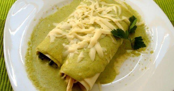 Ingredientes: (2 porciones) 6 crepas (ver receta y pasos en: http://bit.ly/2c4uMEm ) Pechuga de pollo cocida y desmenuzada (1/2 ...