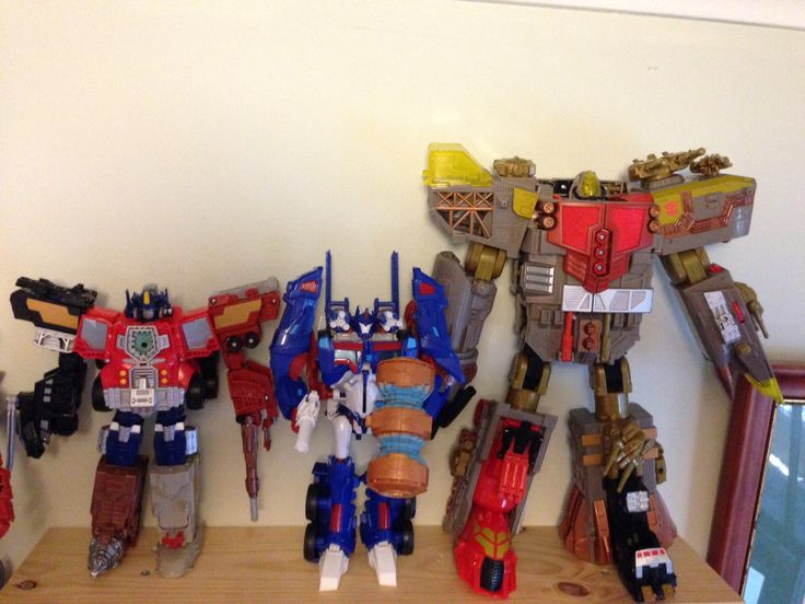 YOTS Optimus Prime, Ultra Magnus and Omega Supreme.
