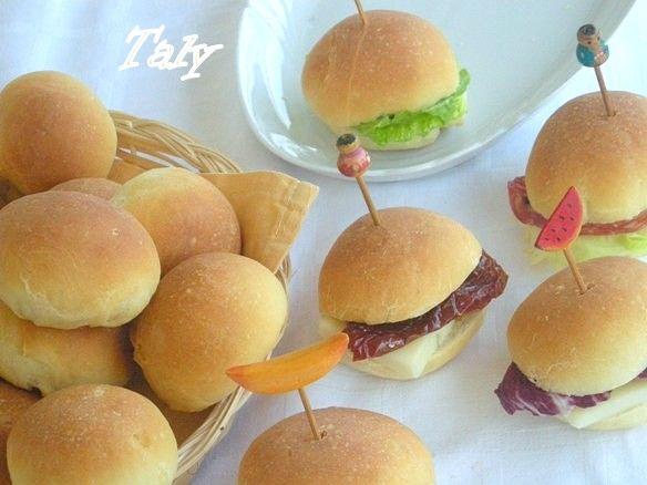 I BOTTONI DEL PRETE- Mini #panini da buffet con olio d'oliva. Ogni bottoncino pesa al massimo 18-20g!
