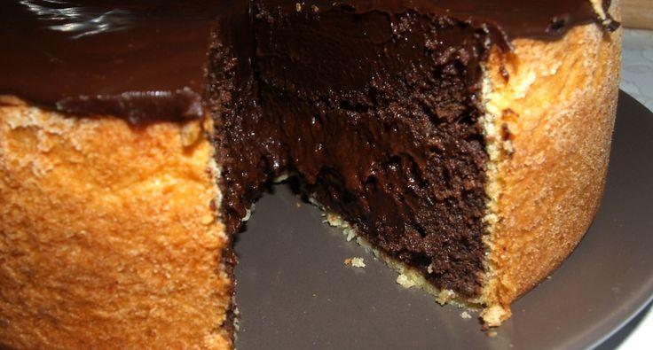 Przepis na belgijskie ciasto czekoladowe: Kremowe, sycące, zbite ciasto czekoladowe. Obowiązkowa pozycja dla wszystkich czekoladofilów.