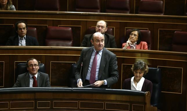 El PP aprueba el decreto ley de segunda oportunidad en el Congreso con apoyo de CiU y abstención del PSOE - http://plazafinanciera.com/politica/congreso/el-pp-aprueba-el-decreto-ley-de-segunda-oportunidad-en-el-congreso-con-apoyo-de-ciu-y-abstencion-del-psoe/ | #CiU, #CongresoDeLosDiputados, #LuisDeGuindos, #PP, #PSOE, #SegundaOportunidad #Congreso