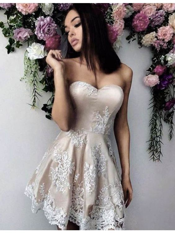 A-line Sweetheart Appliques Light Champagne Prom Homecoming Dress
