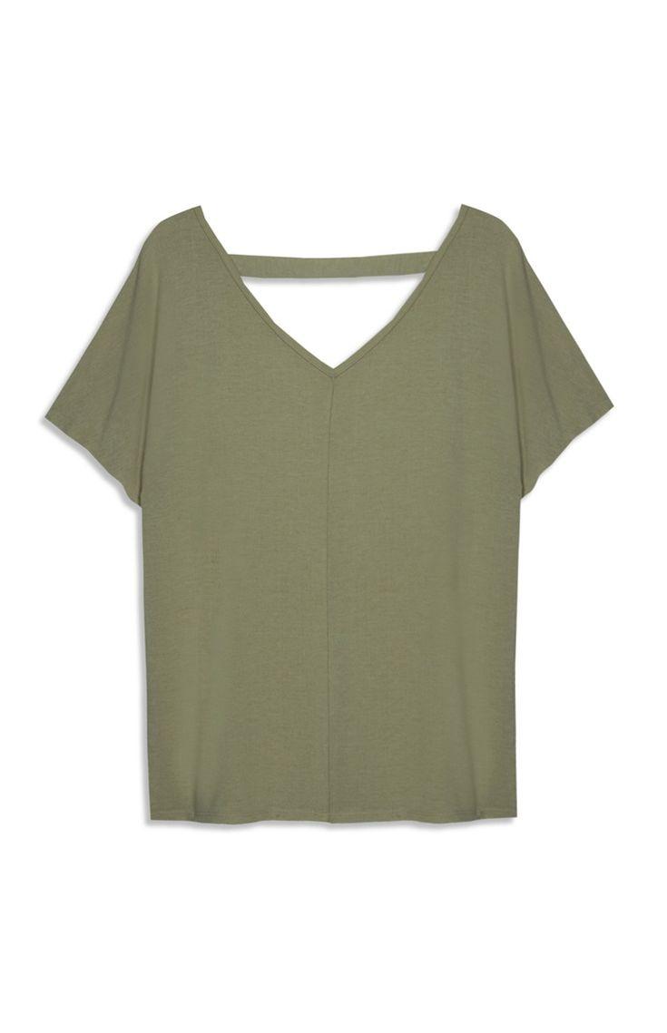 Primark - Khakifarbenes T-Shirt mit V-Ausschnitt