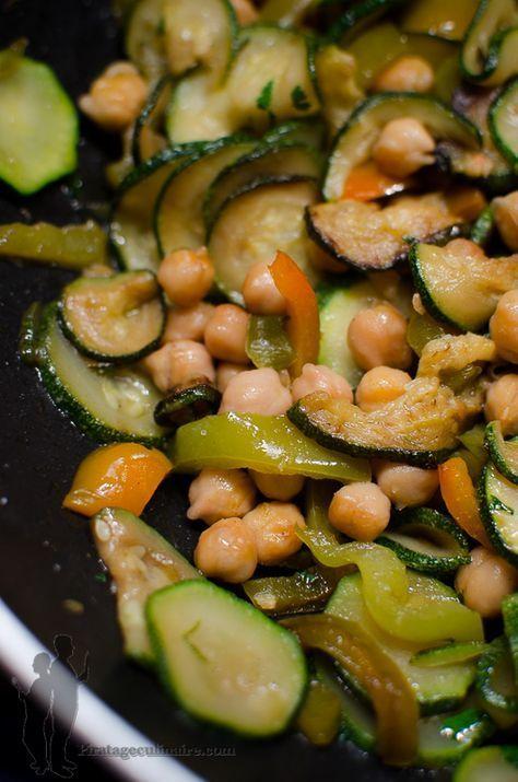 Poêlée de pois chiches, aux courgettes, au poivron et à la coriandre   Piratage Culinaire