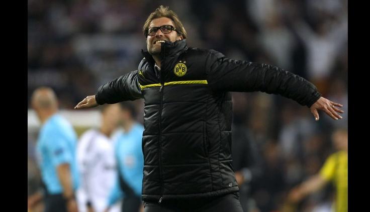 FOTOS: el DT Jurgen Klopp y su festejo desenfrenado con los jugadores del Borussia Dortmund en el Bernabéu