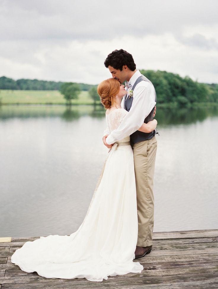 Sweet bride and groom. Image by Leslie Hollingsworth. #wedding