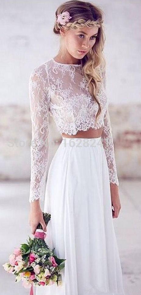 18 Beach Wedding Dresses to Inspire You