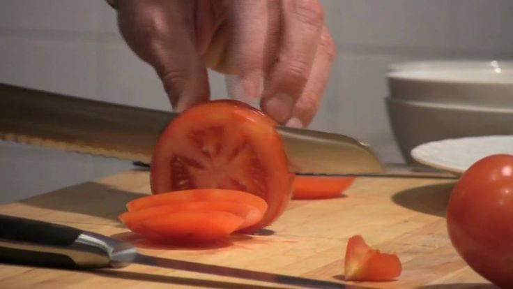 Daniel Humm Prepares Tomatoes