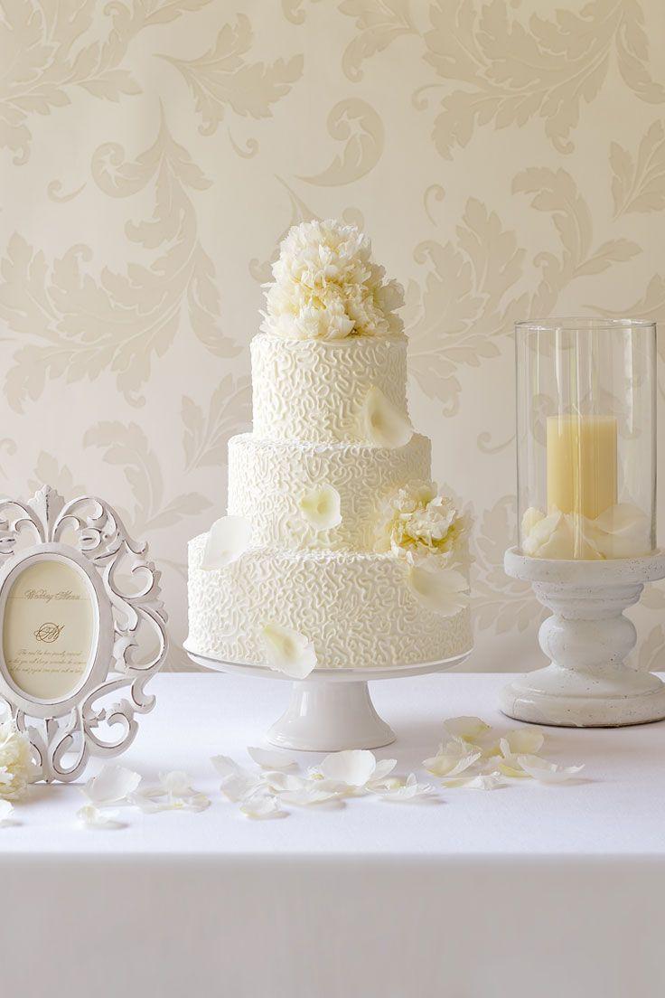 #NOVARESE #weddingcake #flower #white #lace