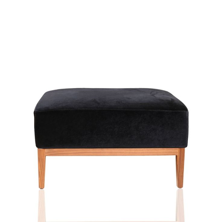 Bounce Enjo 72 Stool - Let this cosy bounce stool boast of your classic taste for interior decor. This exquisitely designed royal blue bounce stool will add heaps of charm to your bedroom decor. This decor piece is crafted with wood with an Enjo cushion surface which is sure to appeal your guests.#INVHome #LuxuryHomeDecor #InteriorDesign #RoomDecor #Decorations #Decor #INVHomeLinen #Tableware #Spa #Gifts #Furniture #LuxuryHomes #Furniture #Stools