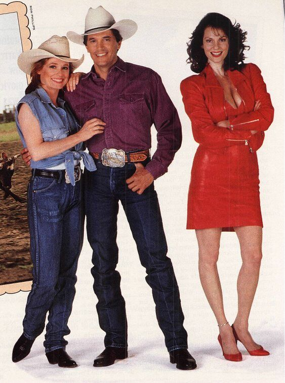 PURE COUNTRY - George Strait & Lesley Anne Warren - Universal - Publicity Still..