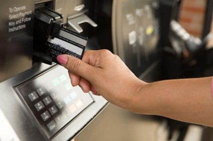 The best credit cards for earning cash back on purchasing gas
