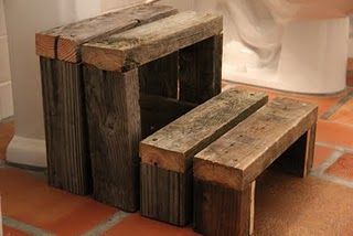 step stool...could be made with pallets!!!