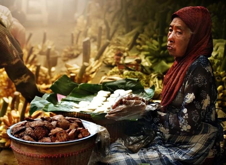 """Jadah tempe """"mbah Carik"""" - Kaliurang, A traditional food"""