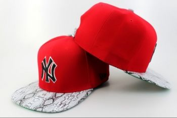 Casquette NY New York Yankees MLB Snakeskin Snapback Rouge Casquette New Era Pas Cher