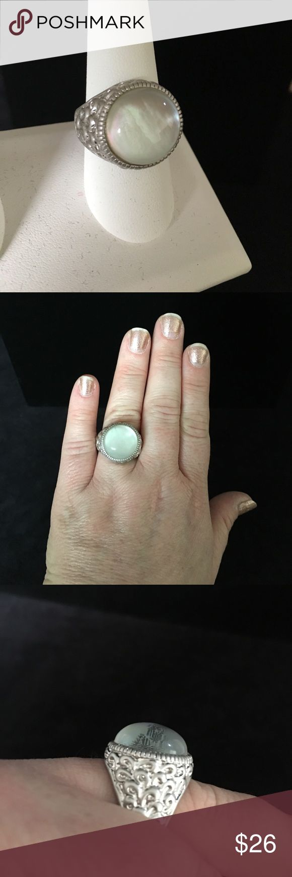 "Lia Sophia Crystal Ball ring size 9 Beautiful detail with iridescent ""crystal ball"". Lia Sophia Jewelry Rings"