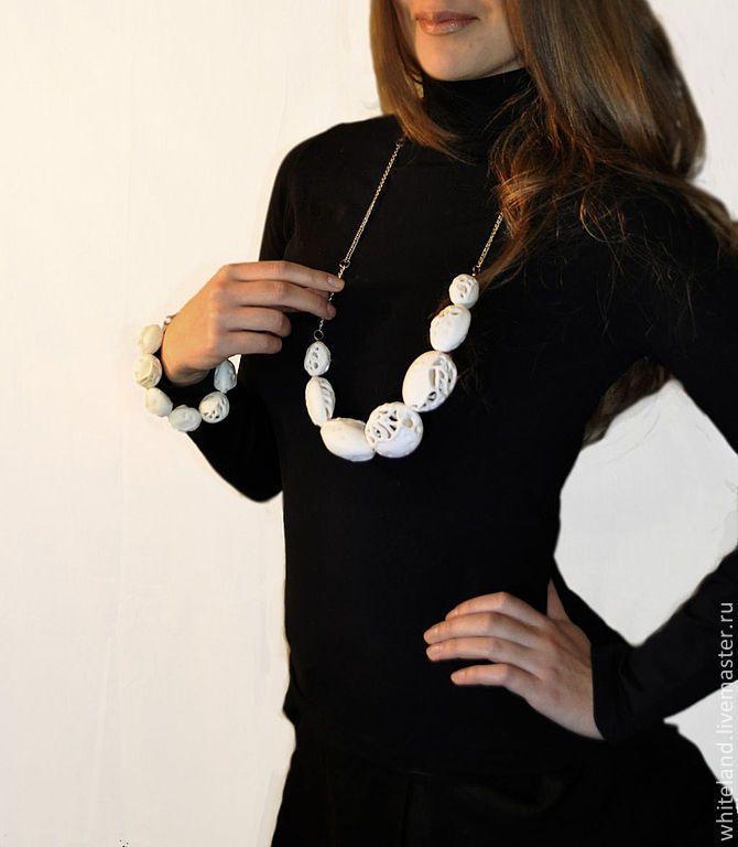 """Купить Фарфоровый комплект """"Воздушный остов"""" - фарфоровый комплект, эксклюзивное украшение, белое ожерелье"""