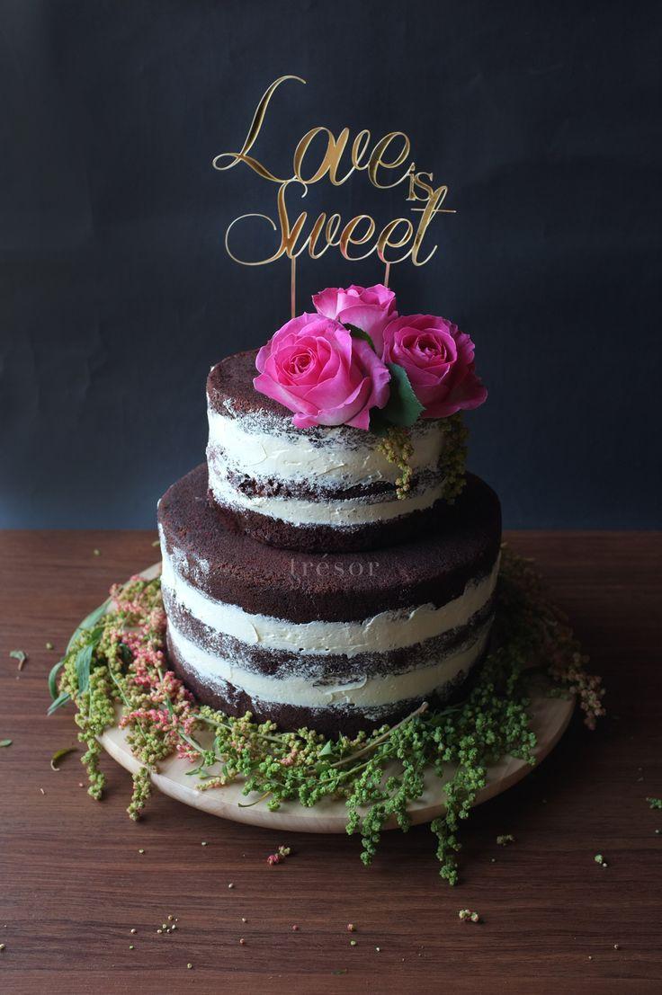 naked wedding cake with italian meringue buttercream & fresh flowers