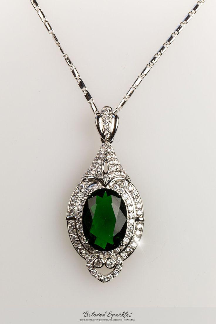 Adela Vintage Art Deco Emerald Green Pendant Necklace | 27 Carat | Cubic Zirconia - Beloved Sparkles - 5