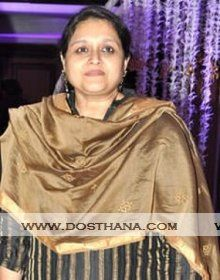 Supriya Pathak biography, profile, biodata, height, age, Date of birth, siblings, wiki, family details. Supriya Pathak profile, Image gallery link with profile details