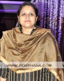 Supriya Pathak biography, profile, biodata, height, age, Date of birth, siblings, wiki, family details. Supriya Pathak profile, Image gallery link with profile details