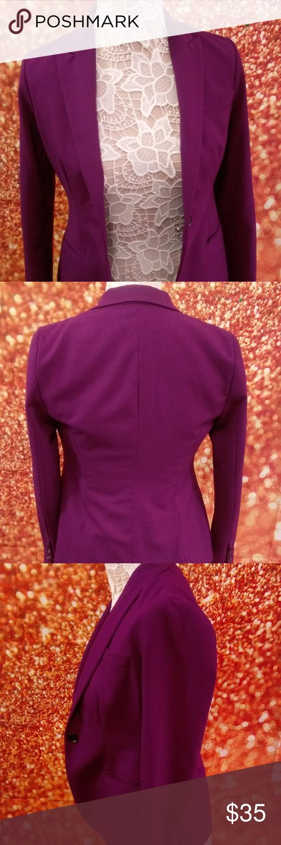 Vince Camuto Women's Purple Blazer in 0P This is a super cute brightly colored purple blazer. Can be worn as your pop of color with jeans or in the office! Vince Camuto Jackets & Coats Blazers