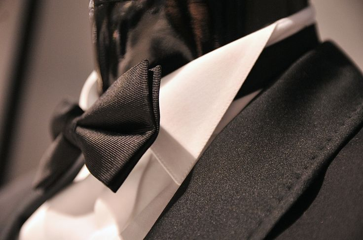 black-tie-dress-code #bowtie #bow #midge #suit #blacksuit