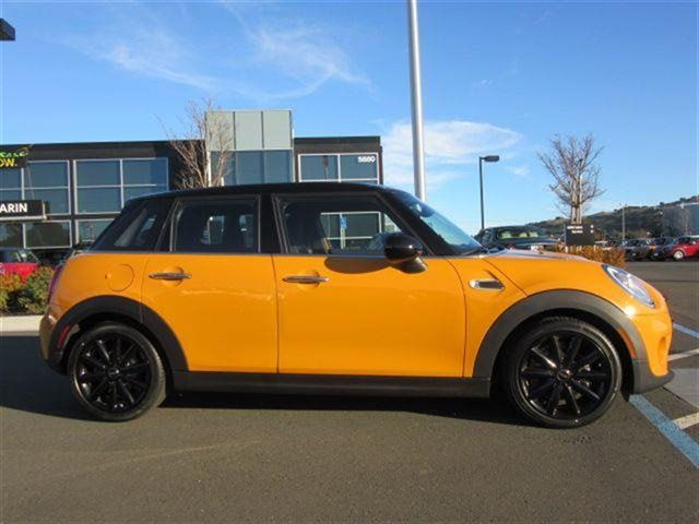 2015 4 door mini cooper volcanic orange 2015 mini cooper hardtop 4 door corte madera. Black Bedroom Furniture Sets. Home Design Ideas