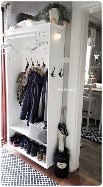 hall,diy,gör det själv,do-it-yourself,hallmöbel,ikea bokhylla