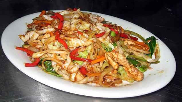 ¿Cómo preparar chop suey casero?