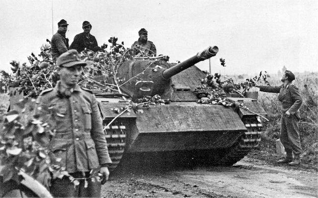 Jagdpanzer IV Ausf. F (L/48) (Sd.Kfz. 162) | Nous serions en… | Flickr