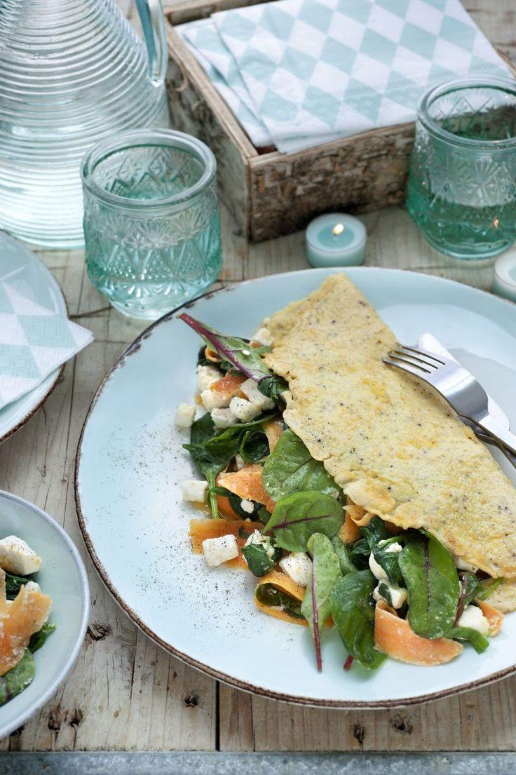 Luxe omelet met zoete aardappel en spinazie  http://www.njam.tv/recepten/luxe-omelet-met-zoete-aardappel-en-spinazie
