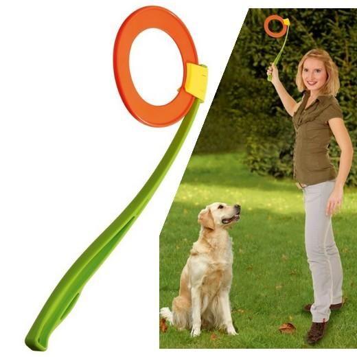 Lanceur de Disque - 3.50e  -Ce jouet Permet de lancer le disque un électeur chien sans effort. Poignée ergonomique plastique.  Longueur 47 cm