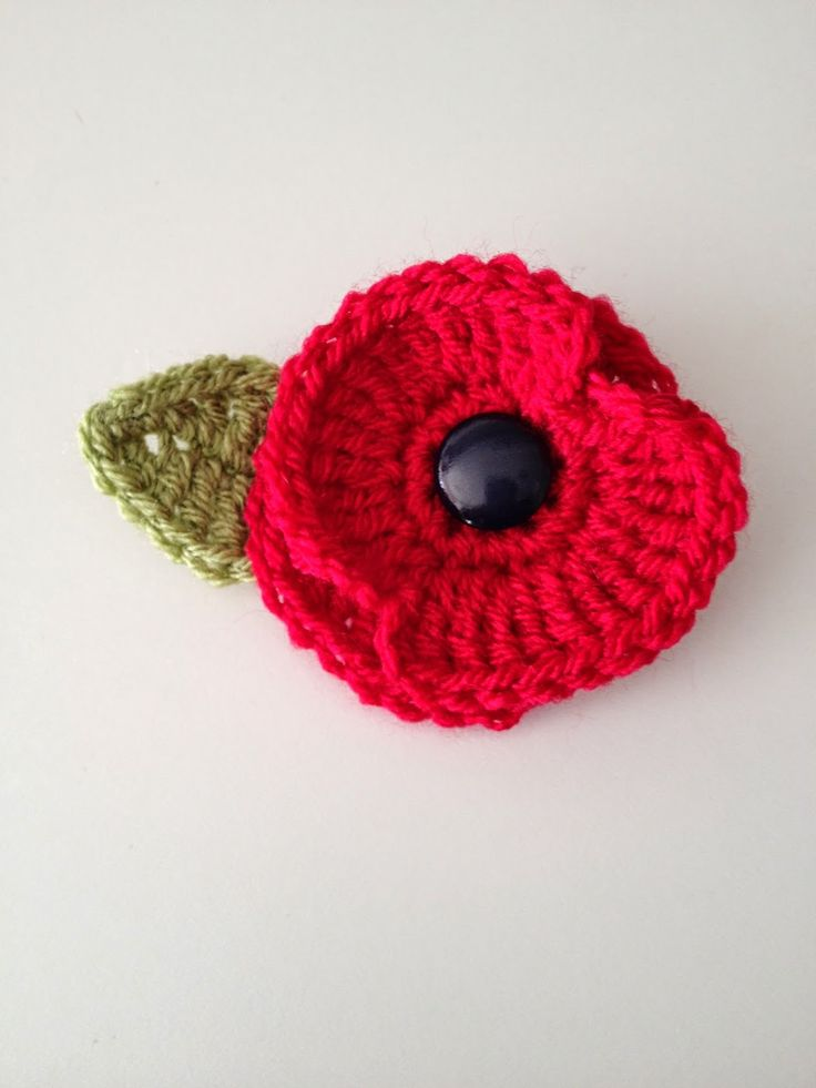 25+ best ideas about Crochet Poppy on Pinterest Crochet ...