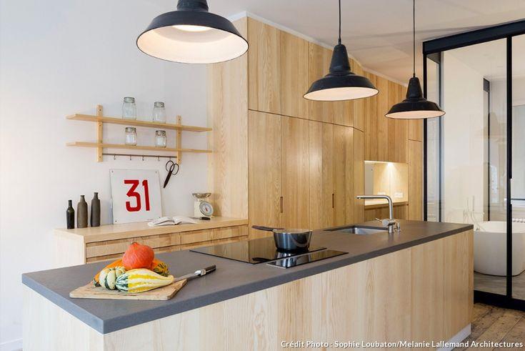 une surface brute transform e en loft industriel lumi res lights pinterest cuisine de. Black Bedroom Furniture Sets. Home Design Ideas