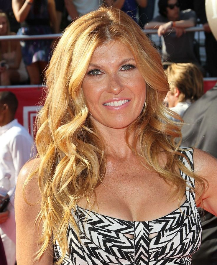 connie Britton hair color and style inspiration. Rayna Jaymes from ABC Nashville