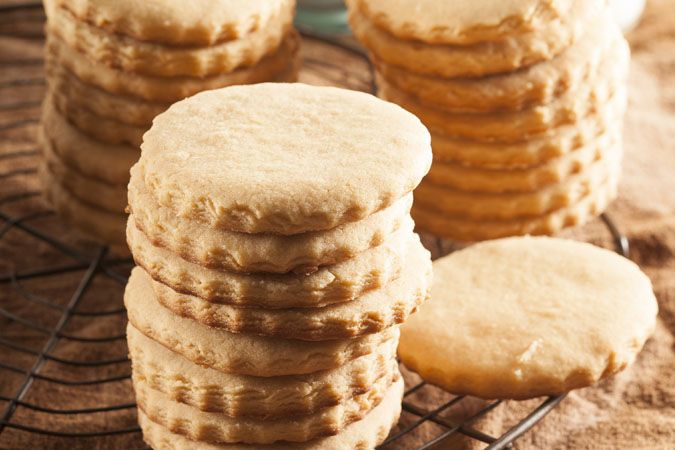 Peanut butter cookies • The perfect nibbles for a cup of tea.