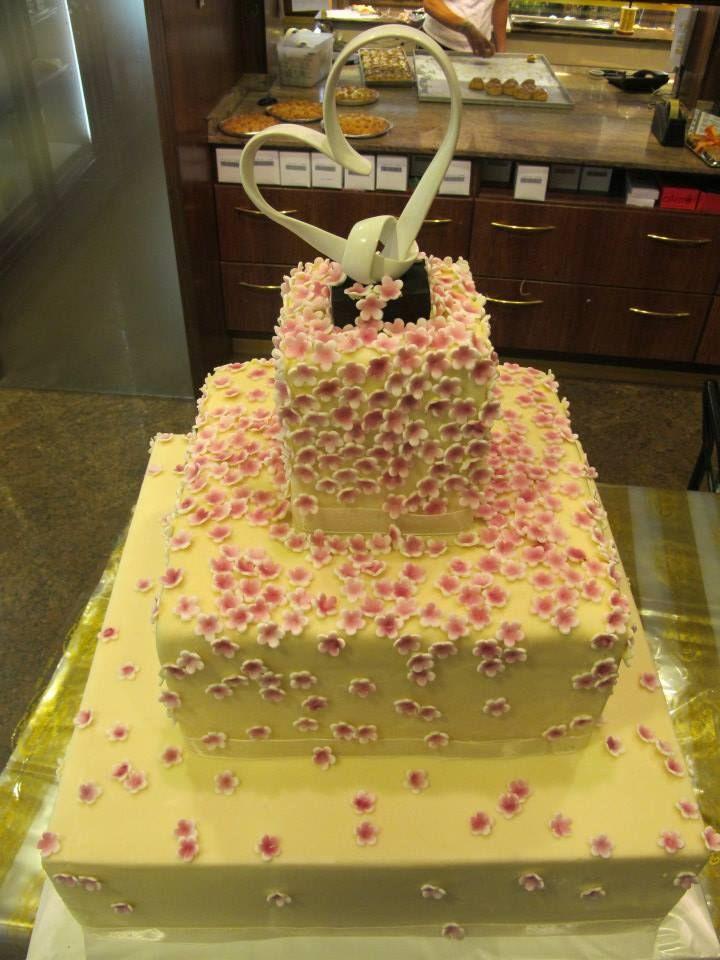 17 migliori idee su torte da matrimonio su pinterest for Piani di costruzione di appartamenti a 3 piani