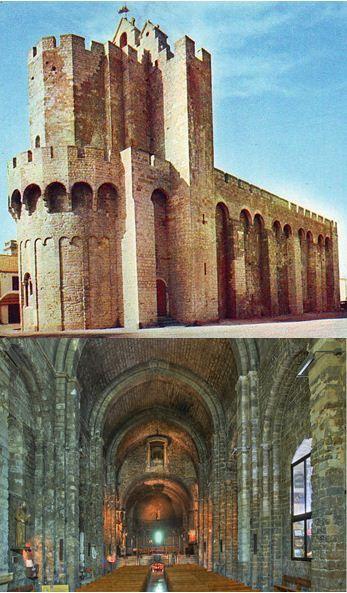 Eglise fortifiée des Saintes-Maries-de-la-Mer (Camargue), XIe et XIIe siècles : vue extérieure et intérieure, plan basilical à nef unique