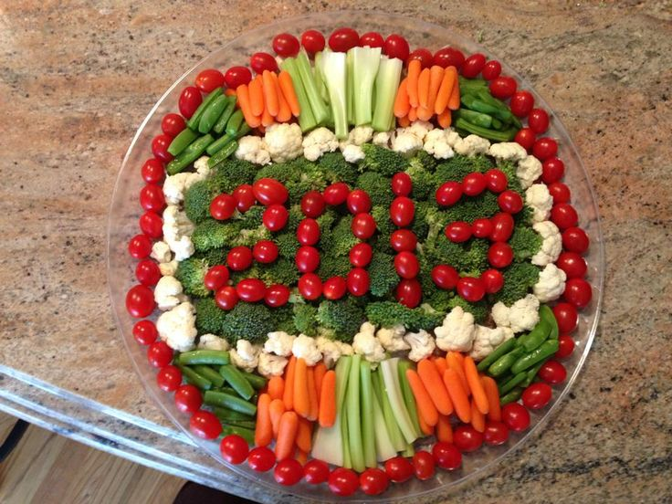 New Years Veggie Tray - not wanting a boring veggie tray, we arranged our veggies in a more festive manner to help celebrate the new year.