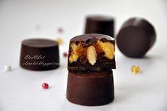 Предлагаю Вам не сложный, но безумно вкусный рецепт шоколадного лакомства. Конфетки получились очень нежные. Вообще я не люблю молочны...