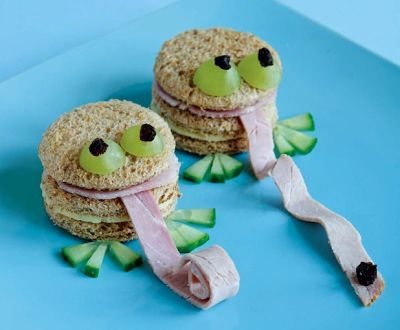 How to Make Frog Shaped Sandwiches.