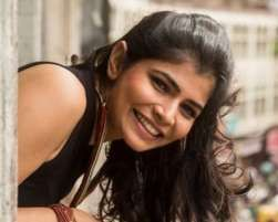 Popular playback singer Chinmayi Sripada says her solo composition 'Idhayam' in the Tamil album for the upcoming Rajinikanth starrer 'Kochadaiiyaan' was a tough one, but music composer A R Rahman made things easy.