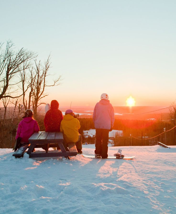Who says there's nothing to do once the temperature drops? Here in New Brunswick the fun's just getting started! We get 300 to 400 cm (10 to 13 ft.) of snow a year which means your winter vacation options are endless. #ExploreNB