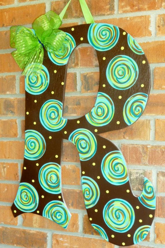 Best 25+ Initial door hanger ideas on Pinterest