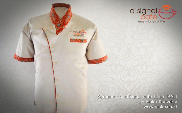 Model Baju Batik Kombinasi Seragam Cafe Ubud [Bali - Indonesia] Menampilkan desain seragam klasik dengan aksen motif batik yang keren. Ideal untuk memberikan kesan istimewa pada customer anda | model baju seragam kerja warna krem orange kombinasi batik